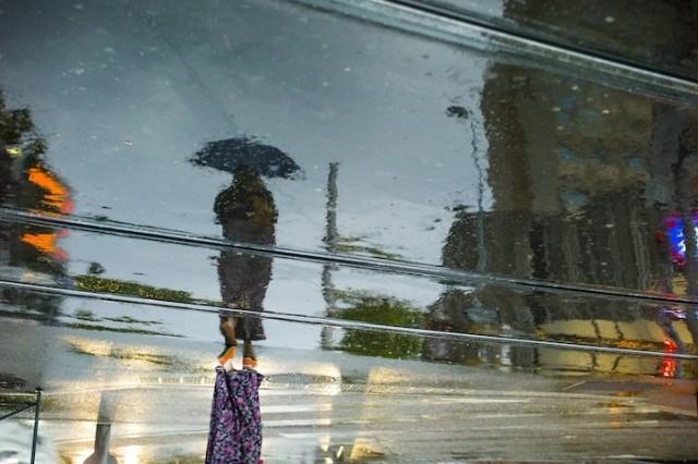 1383031188 3 640x426 Street Reflections by Yodamanu