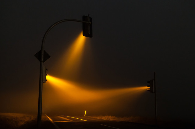 1388427076 3 640x426 Traffic Lights in a Misty Night by Lucas Zimmermann