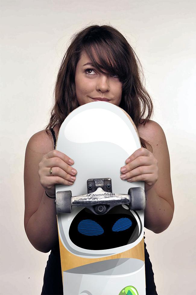 569 The Robot Skateboards