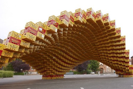 854998 Eco friendly pavilion from 2000 recycled beer crates