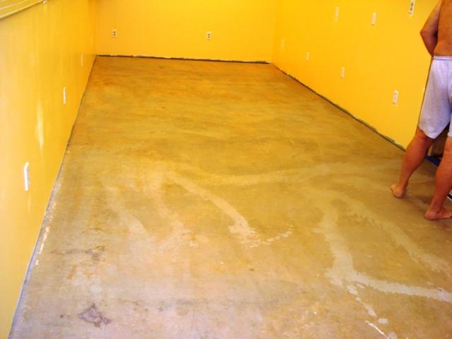 Craft room yucky floor