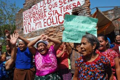 https://i2.wp.com/desinformemonos.org/wp-content/uploads/2013/02/mujeres-en-resistencia-391x261.jpg