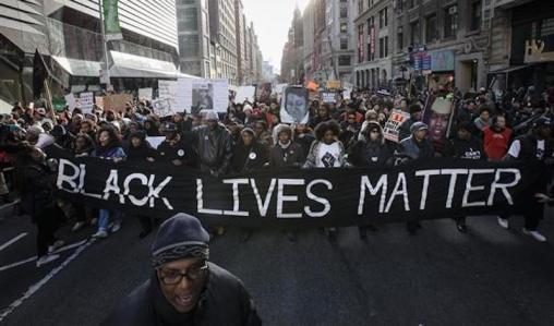 Resultado de imagen para racistas en protesta