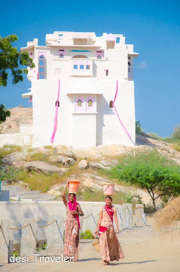 Rajasthan Village Women Zanana Mahal Lakshman Sagar