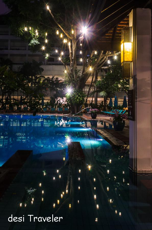 Swimming pool Tare Zameen Par Anantara Bangkok Riverside
