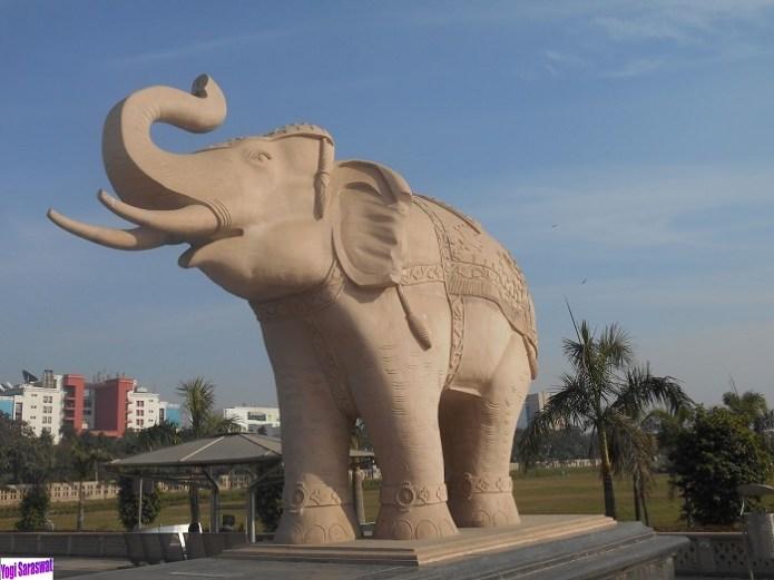Mayawati elephant park Noida