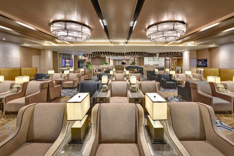 Business Center Plaza Premium Lounge Changi Airport Singapore