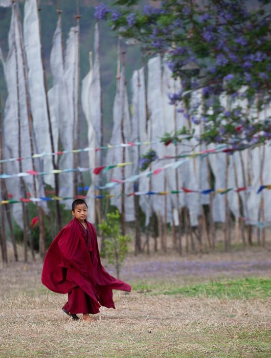 monk-bhutan