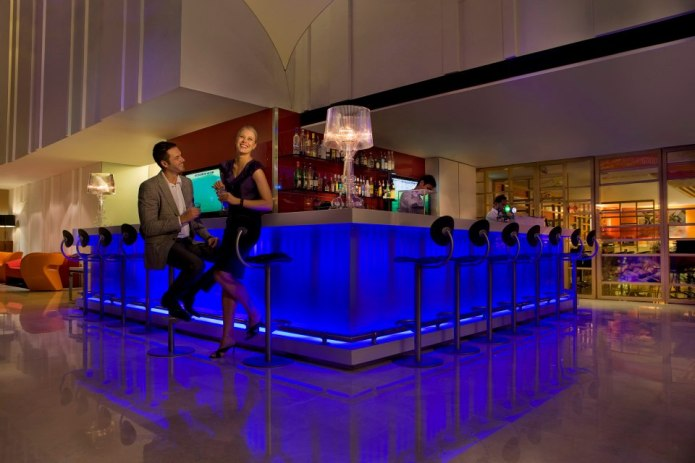 The Bar at Ibis Singapore on Bencoolen review