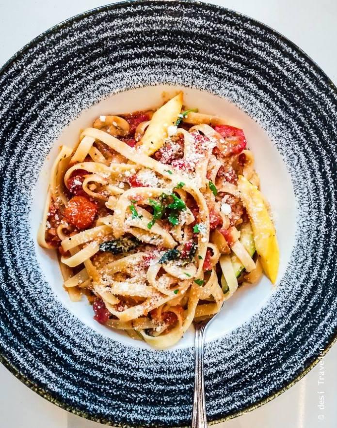 Ibis Singapore on Bencoolen - Pasta tagliatelle