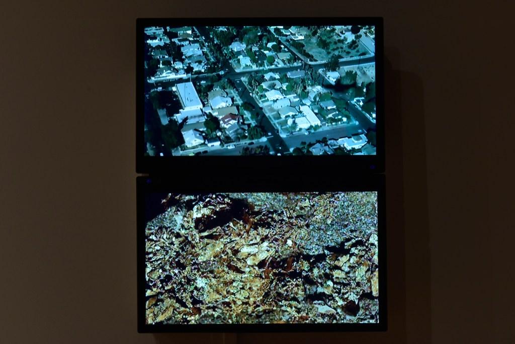 Michael Powell, Pyrite, Gold, digital video on loop, 2016.