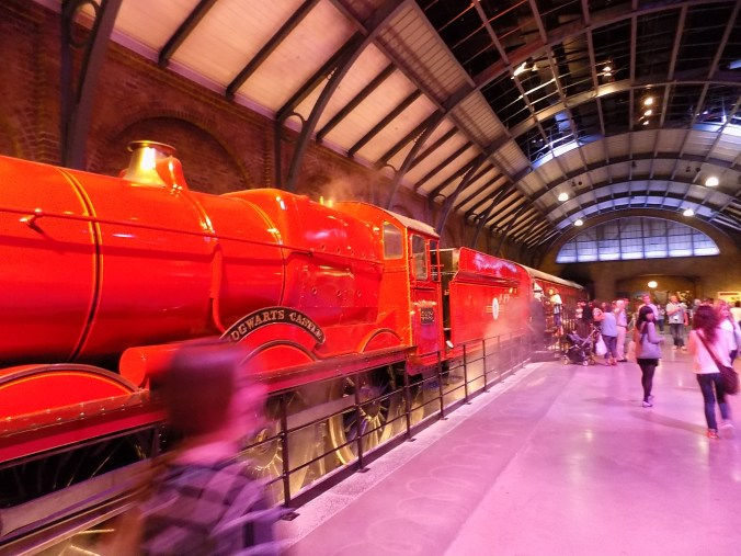 Photo du Poudlard Express, aux studios Harry Potter à Londres