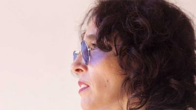 "5cdc2e1c3fcc4 400x225 - Sandra Aguirre celebra 40 años cantando desde la libertad de ""entonces"" - Télam"