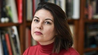 """5cf8182e44c99 400x225 - Mariana Komiseroff: """"Hay situaciones en el Conurbano que son dignas del realismo mágico"""" - Télam"""
