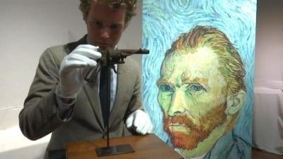 5d0a9f46598e7 400x225 - El arma con la que se habría suicidado Van Gogh se vendió por 182.000 dólares - Télam