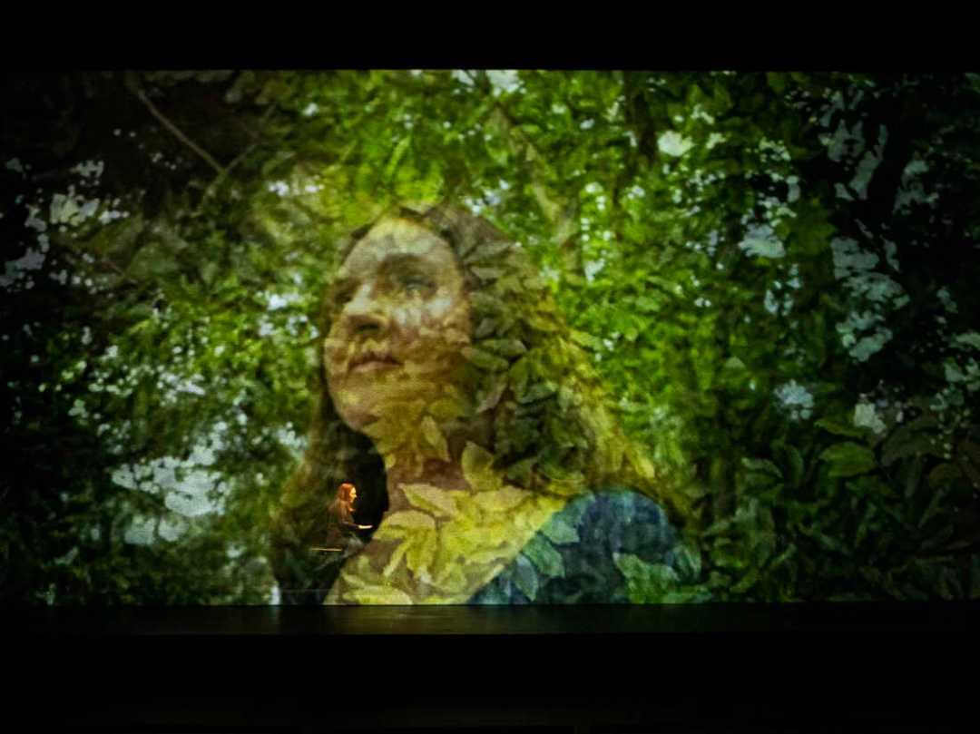 Simone Dinnerstein en el ensayo general de El ojo es el primer círculo.