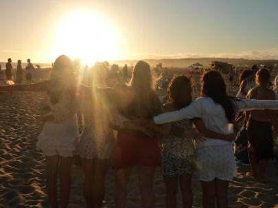 Happy Hour em Bikini Beach