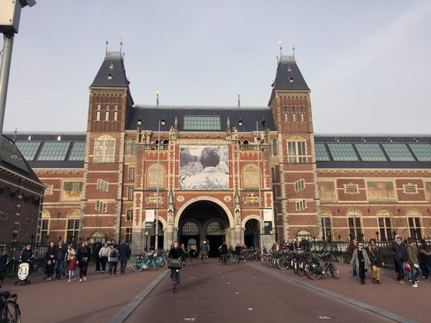Rijksmuseum, museu de arte e história de Amsterdam. Obra Ronda Noturna de Rembrandt
