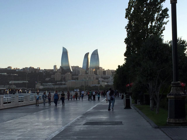 O que fazer em Baku, Azerbaijão: Flame Towers