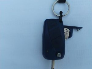 key fob-battery-holder-return-despairrepair.com