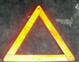 emergency-warning-triangle-despairrepair.com