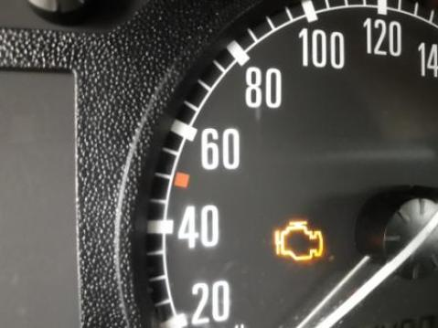 car-electric-electronic-problems-check-engine-light