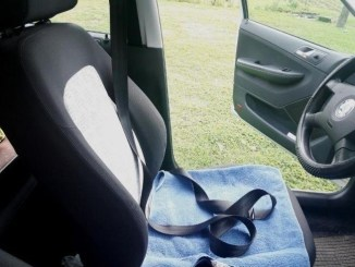 how-to-fix-slow-retracting-seat-belt