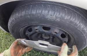 how-to-remove-hubcaps