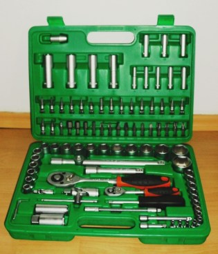 basic-car-tools-set