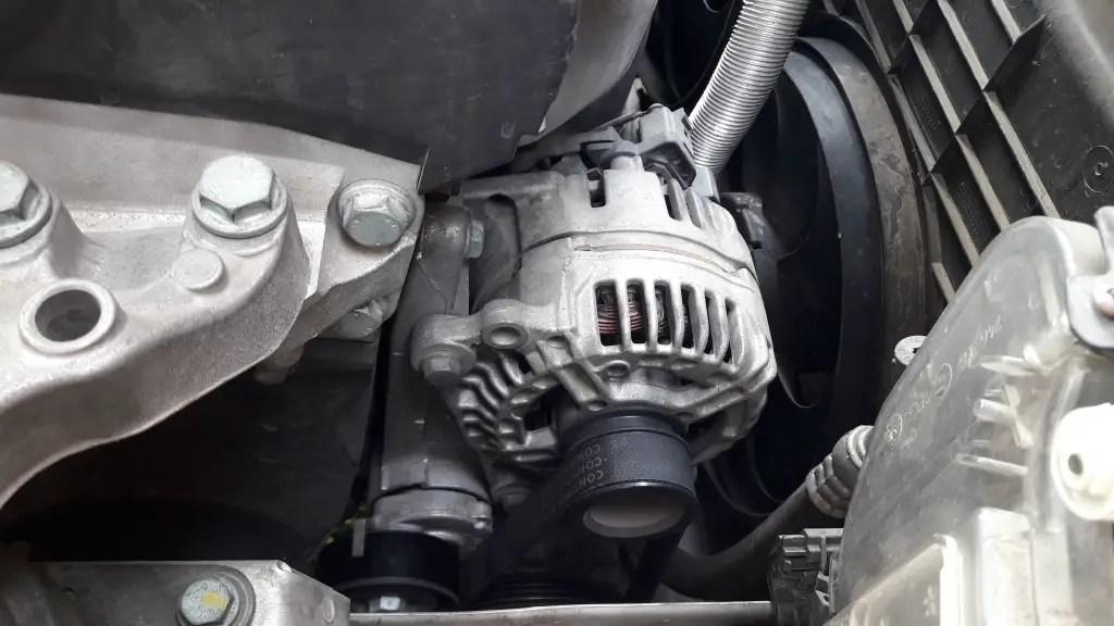 car-wont-start-faulty-alternator-on-car