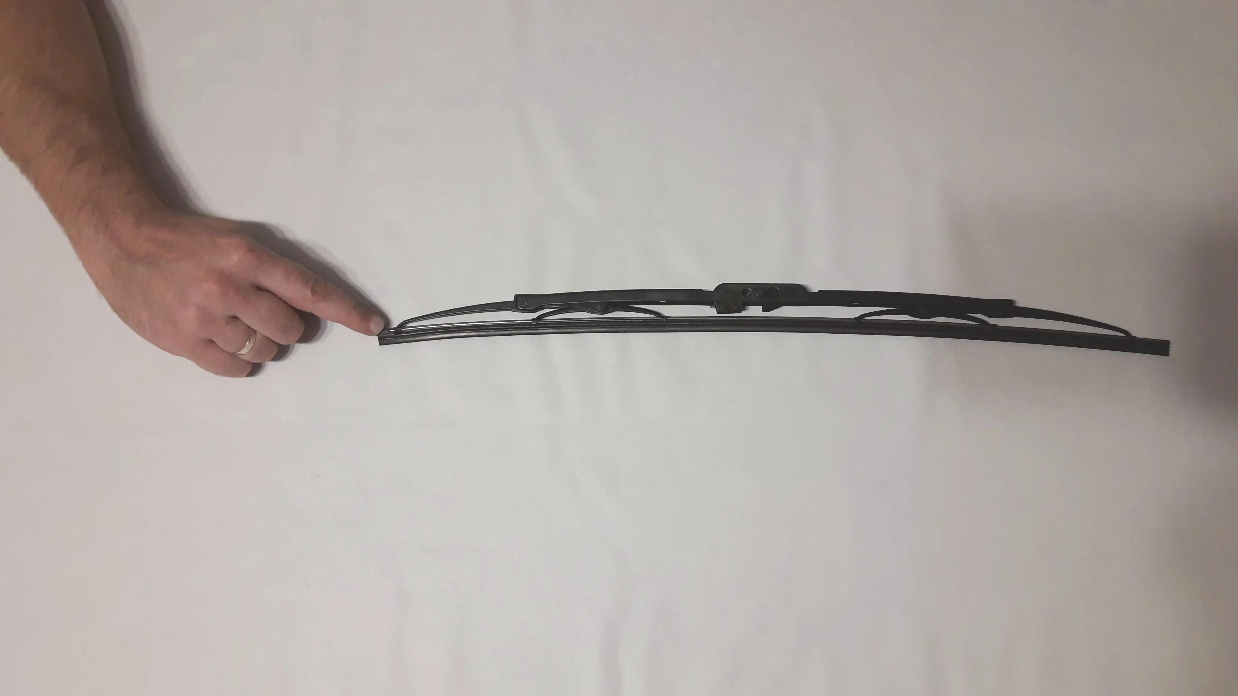 frame-style-wiper-blade-metal-holder