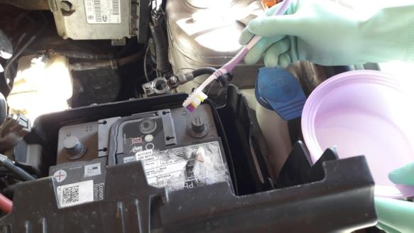how-to-clean-battery-terminals-with-baking-soda
