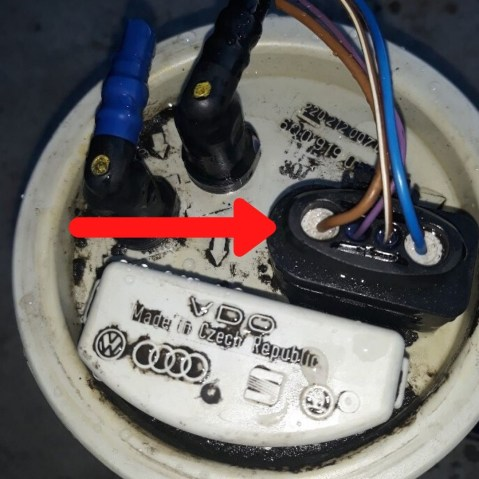 how-to-fix-fuel-pump-problem-electrical-connection