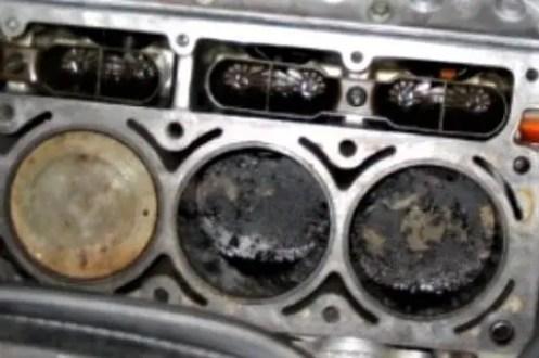 carbon-deposits-engine-cylinder-engine-piston
