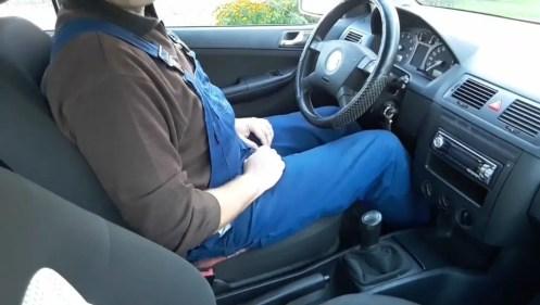 car-in-neutral-gear
