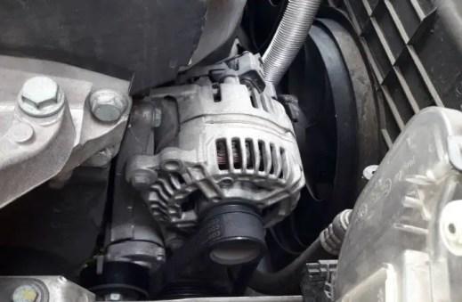bad-ground-connection-symptoms-low-alternator-voltage