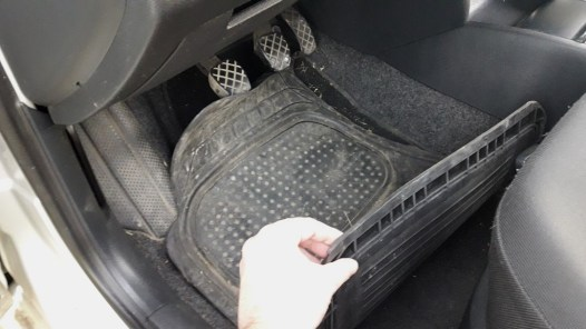 how-to-check-used-car-before-buying-check-carpets