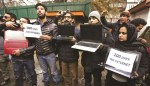 100 Days of Lockdown: Journalists Protest Internet Ban in Kashmir