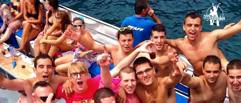 Platja d'Aro despedida en catamarán