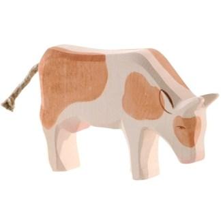 Ostheimer koe roodbont grazend