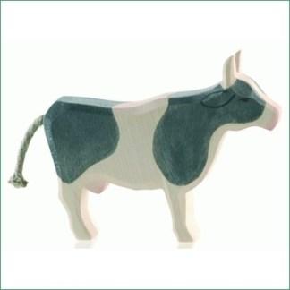 Ostheimer koe zwart-wit staand