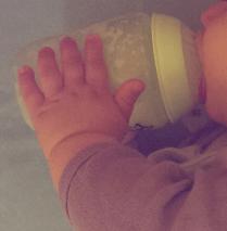 Prise en mains par petites mains @desperatecouchpotatoe