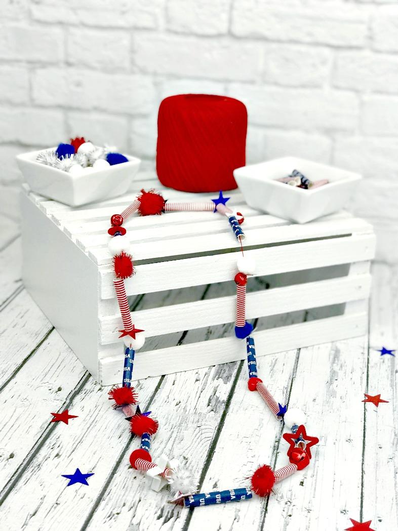 DIY Patriotic Paper Straw Necklace