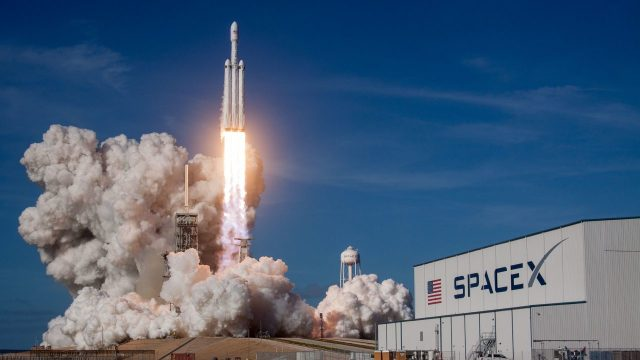 Lanzamiento del Falcon Heavy de SpaceX