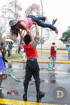 Acrobacia y felicidad en las calles, por #MarchaPorLaIgualdad.