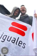 Diana Bolocco y Cristián Sánchez en el escenario de Fundación Iguales.