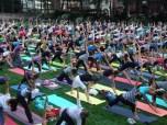 Yoga en Bryant Park en Nueva York