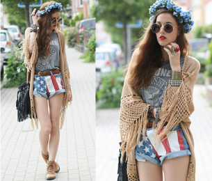 Shorts con la bandera EE.UU, en un look hippie. *Sacado de Lookbook.