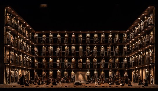 OEDIPE by Georges Enesco; Royal Opera House; Covent Garden; London, UK; 20 May 2016; Final scene; Leo Hussain - Conductor; Àlex Ollé - Director; Valentina Carrasco - Associate Director; Alfons Flores - Set designer; Lluc Castells - Costume designer; Peter van Praet - Lighting designer; Photo: © ROH Photographer: CLIVE BARDA