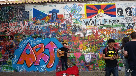 Mur John Lennon Ile Kampa